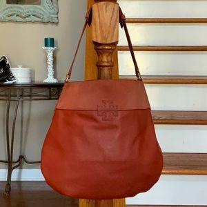 🤩Tory Burch T stacked leather/suede hobo bag 🤩